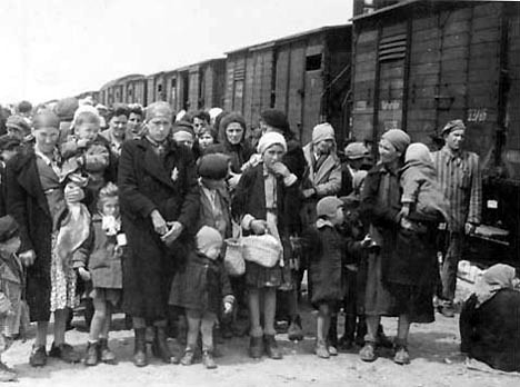 Autora argentina explora el levantamiento de Varsovia contra los nazis en clave familiar