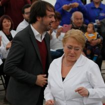 [VIDEO] El que sabe sabe: Bachelet se come con zapatos a Sharp bailando cumbia