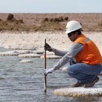 Duro revés para SQM: Tribunal Ambiental autoriza clausura de pozos de agua de la minera en el Salar de Llamara