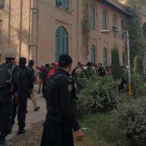Al menos 14 muertos y 25 heridos deja ataque en universidad de Pakistán