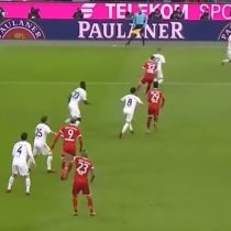 [VIDEO] Arturo Vidal define de cabeza en la victoria del Bayern Münich sobre Hannover por la Bundesliga