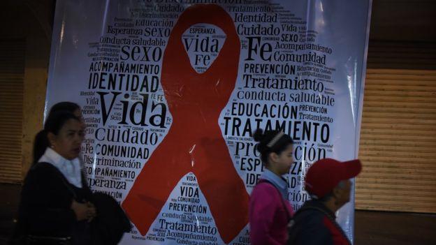 Advierten que casos de sida han aumentado en Chile un 96 por ciento desde el 2010