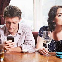 Adicción al celular y vida de pareja