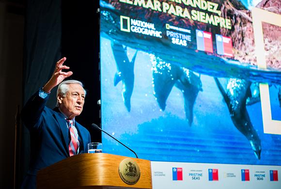 Estrenan documental sobre nuevo Parque Marino Juan Fernández que convierte a Chile en líder en conservación marina