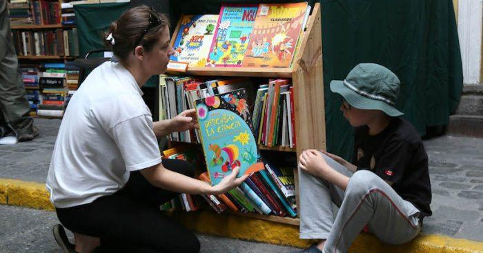 Feria del Libro Usado estará dedicada a escritoras chilenas de literatura infantil