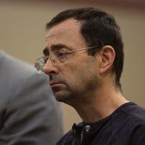 Condenan de 40 a 175 años de cárcel a médico de gimnastas de EEUU por abusos sexuales