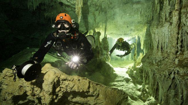 Así es la cueva submarina más grande del mundo