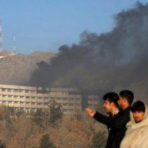 Afganistán: al menos seis civiles mueren en asalto a un hotel de lujo en Kabul que se prolonga por más de 12 horas