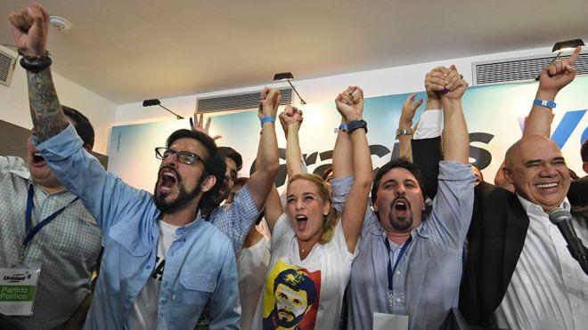 Qué significa realmente que el Tribunal Supremo de Venezuela excluya a la coalición opositora Mesa de Unidad Democrática de las próximas elecciones presidenciales