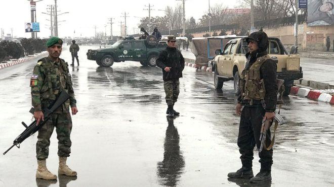 Afganistán: al menos 11 soldados muertos en un ataque contra una base militar en Kabul