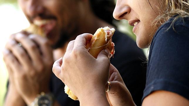 Intoxicación por alimentos puede ser mortal sino se atiende a tiempo