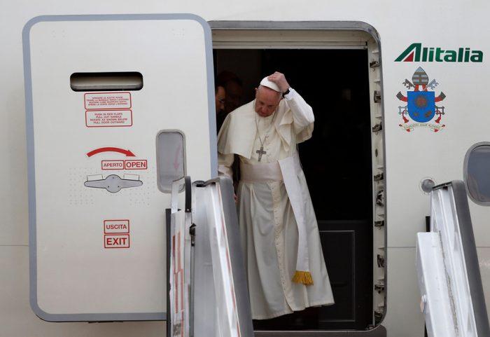 El Papa Francisco aterriza en Chile para iniciar su visita oficial de tres días