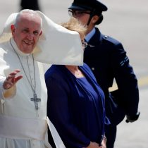 Papa deja Chile para proseguir en Perú su sexta gira apostólica Latinoamérica