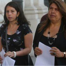 Parlamentarias del Frente Amplio se suman a la presión sobre Villalobos ad portas de su regreso a Chile