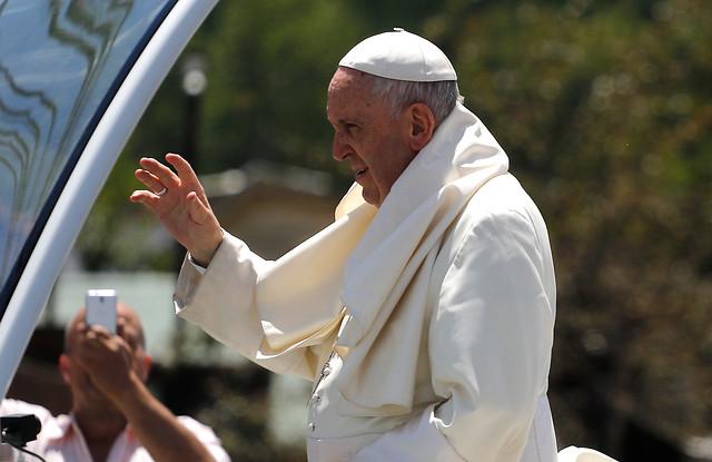 Papa Francisco pide perdón a su estilo: