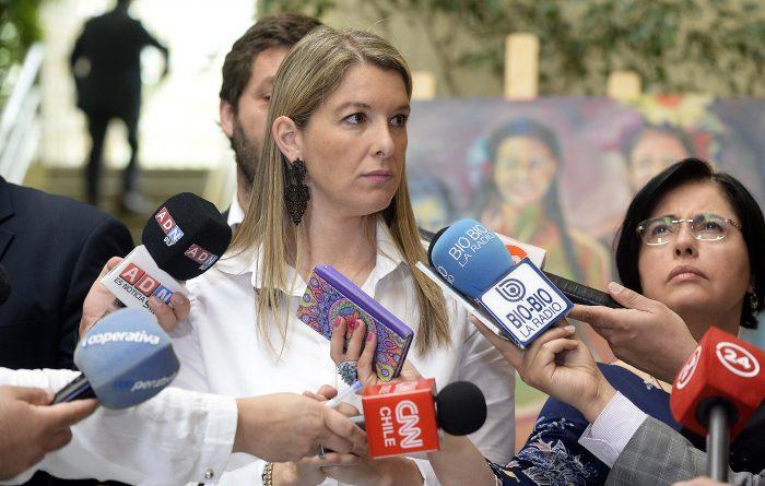 Reacciones al informe del INDH: Marcela Sabat culpa al gobierno de profundizar la crisis en el Sename