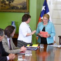 Consejo Asesor entregó a Bachelet la Estrategia Nacional de Formación Técnico-Profesional 2018 – 2030
