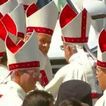 [VIDEO] El incomodo momento en que periodista argentina confronta al Obispo Barros: