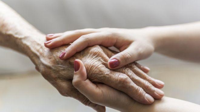 ¿En qué se diferencian la artrosis de la artritis y qué tratamientos tiene cada una?