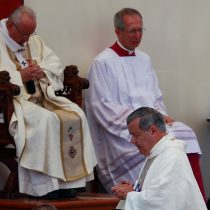 Guerra santa: las dos almas de la Iglesia que desnudó el paso del Papa Bergoglio