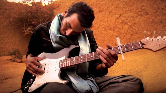"""El """"Hendrix de Níger"""" llega por primera vez a Chile"""