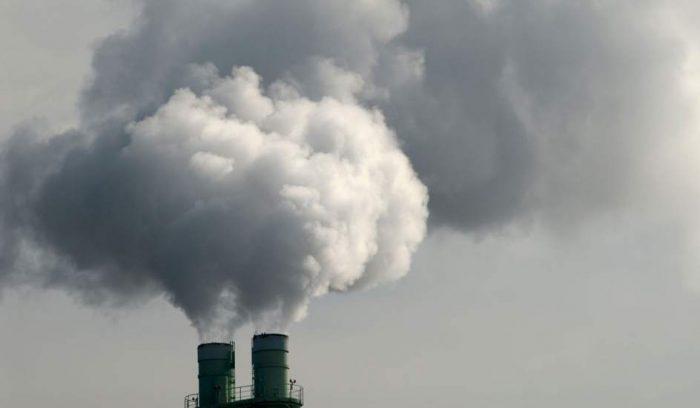 Informe muestra que el 10% más rico de la población global genera más de la mitad de lasemisiones de carbono
