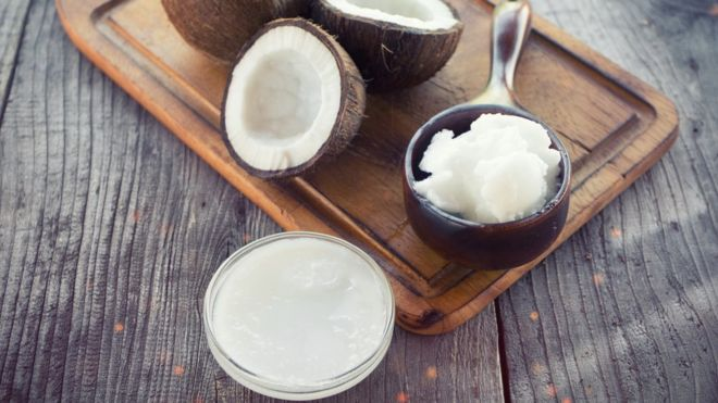 ¿Puede el aceite de coco, lleno de grasas saturadas, ser bueno para la salud?
