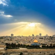 Síndrome de Jerusalén, el curioso trastorno mental que hace que las personas se crean profetas o mesías