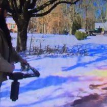 [VIDEO] Hombre quita la nieve de la entrada de su casa con un lanzallamas