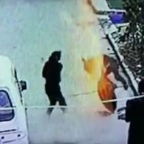 [VIDEO] Joven es catapultado tras fallida explosión de un petardo