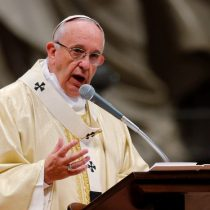 Cuestionan que presidente de la Cámara de Diputados plantee postergardiscusión del proyecto de ley de identidad de género por visita del Papa