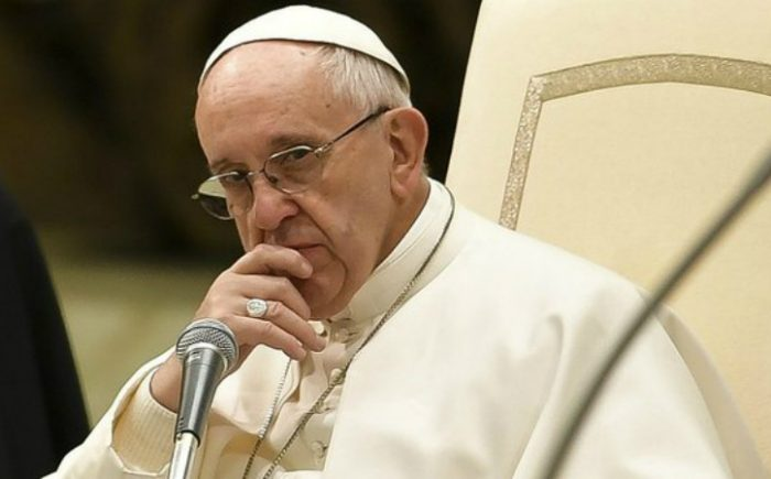 Papa Francisco denunció la política que culpa a los inmigrantes de todos los males