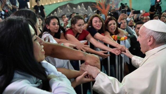 El drama de la maternidad mientras se está presa que conoció el Papa Francisco en su visita a la cárcel de mujeres