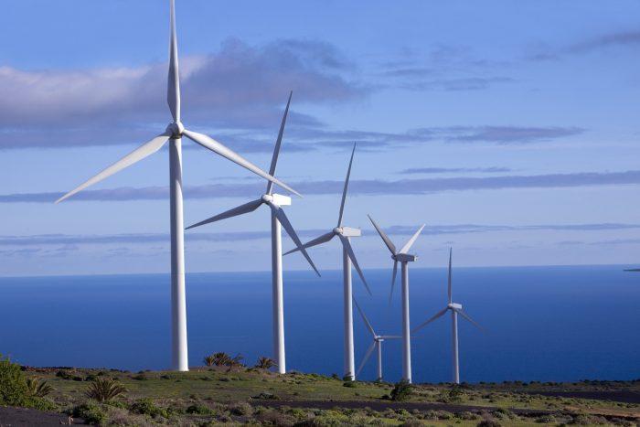 Contraloría aprueba construcción de parque eólico en Magallanes