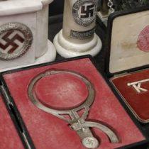 Cinco hermanos van a juicio en Argentina por traficar reliquias nazis