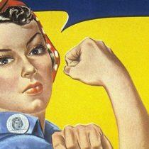 """Quién era realmente """"Rosie, la remachadora"""", la mujer del icónico cartel que se convirtió en un símbolo de la fortaleza femenina en Estados Unidos"""