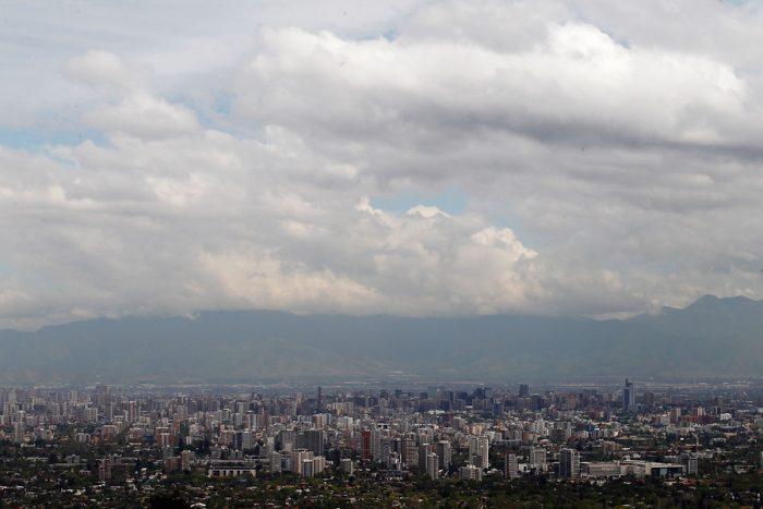 Aguas Andinas y Esval en alerta temprana por lluvias en la alta cordillera