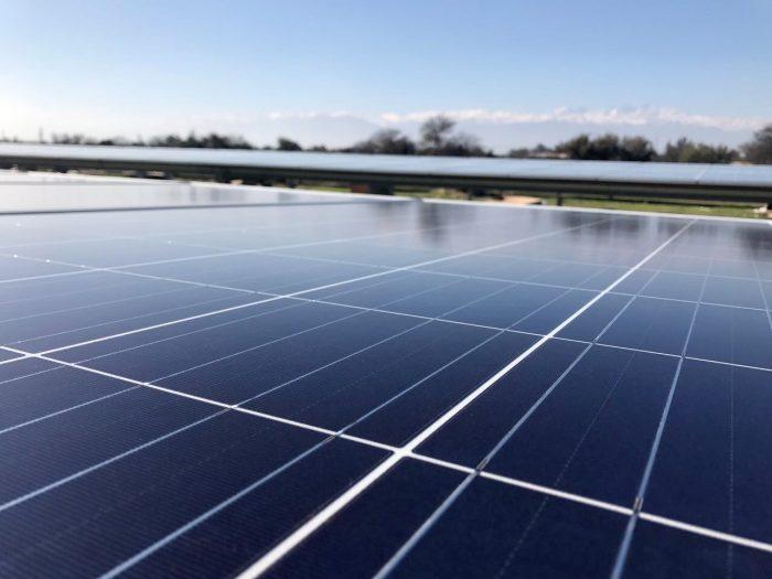 """Experto analiza los alcances de los nuevos límites de ley de generación distribuida: """"Vamos por el camino a ser grandes en energía sustentable"""