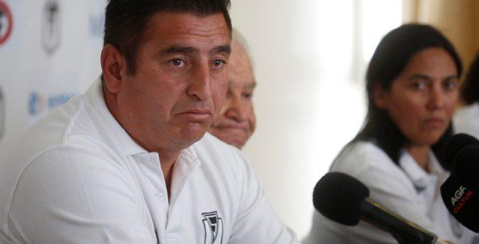 Su relación con Paula Navarro sería el detonante: nuevo DT de Santiago Morning renuncia tras un amistoso