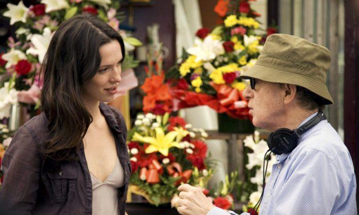 Rebecca Hall se arrepiente de rodar con Woody Allen y dona el salario a Time's Up