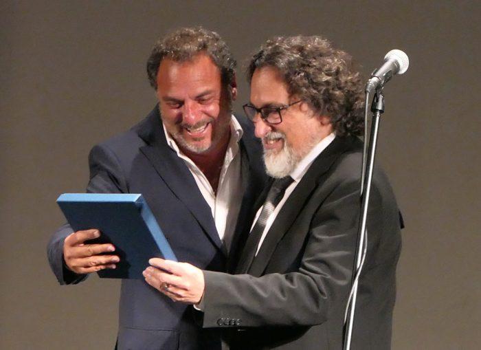 Silvio Caiozzi recibe importante reconocimiento en Punta del Este