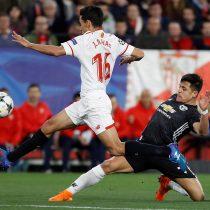[VIDEO] La feroz patada que recibió Alexis Sánchez en el duelo de Champions del Manchester United