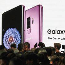 La batalla de los smartphones: Samsung responde al iPhone X lanzando el Galaxy S9 en Barcelona