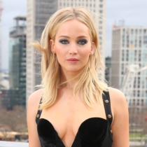 La foto de Jennifer Lawrence que causó revuelo en todo el mundo por sexista