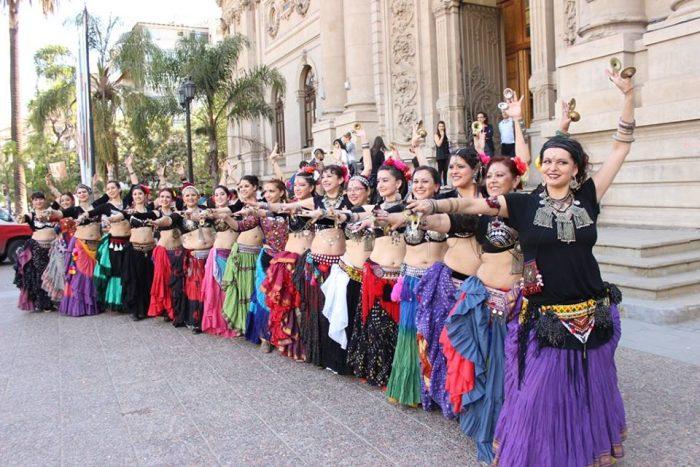 Muestra de danza con Escuela Banjara en Parquemet