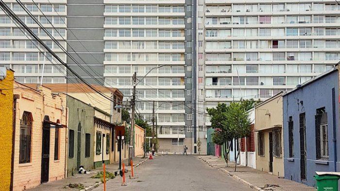 12 pisos máximo: alcalde de Estación Central busca limitar altura de los edificios para controlar los