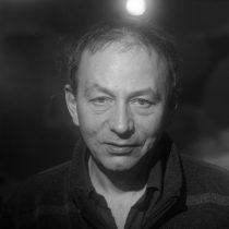 Michel Houellebecq cumple 60… o 62
