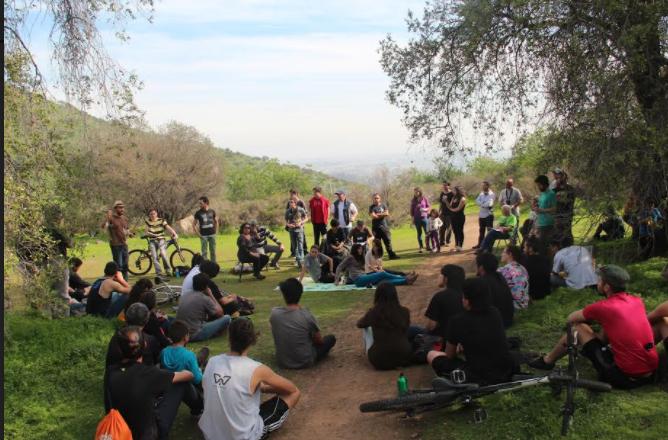 Organizaciones sociales, vecinos y académicos piden a Bachelet que el Bosque Panul sea un parque público