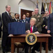 Trump firma presupuesto y pone fin al segundo cierre de su Gobierno en un mes