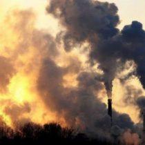 El desafío de Piñera para combatir el cambio climático: elevar impuesto directo a las emisiones de CO2